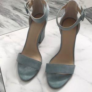 Strapper sandal